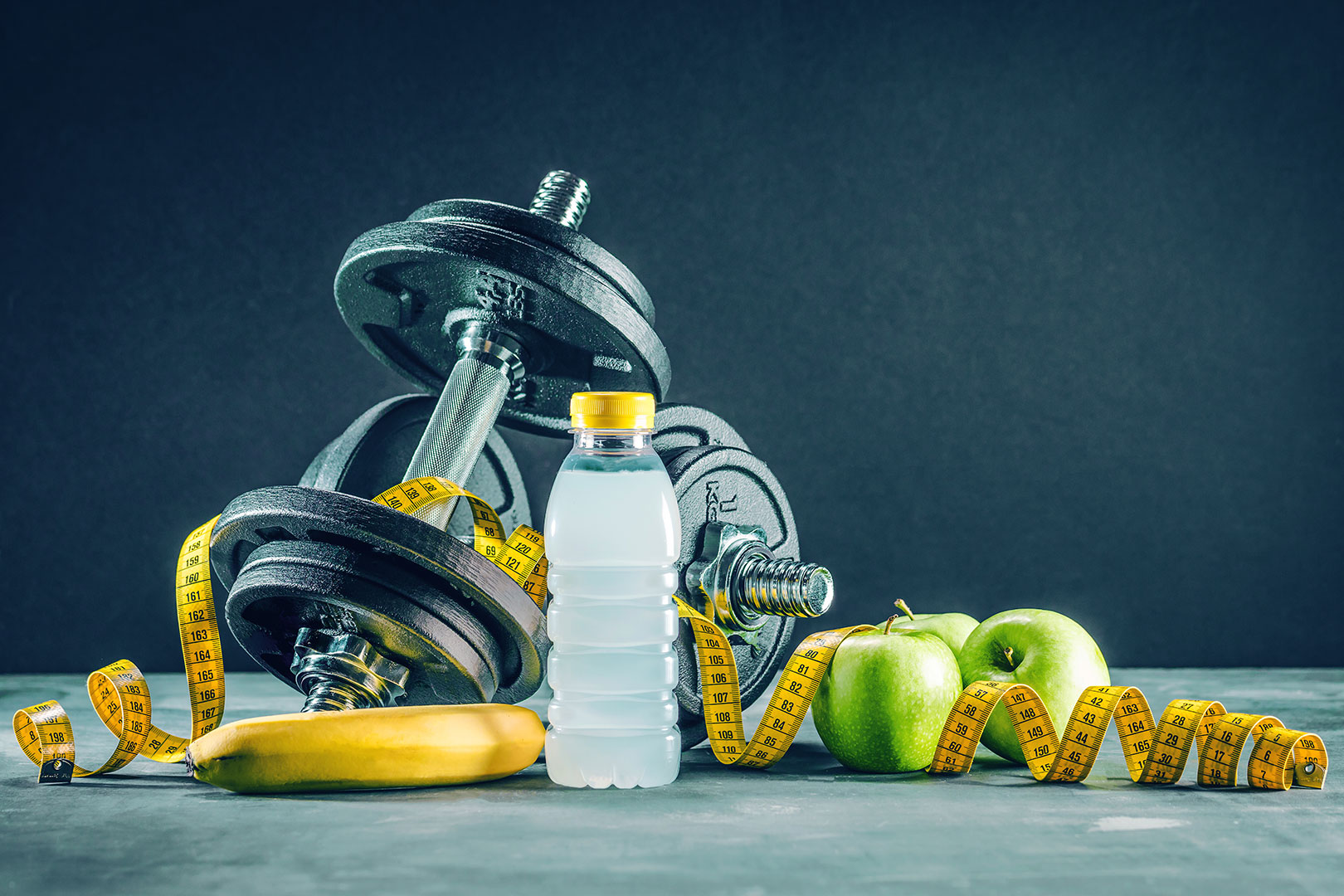 A sárgarépaléből a szervezet jobban fel tudja venni a B-karotint, mint magából a zöldségből. Napi 1-1,5 dl répalé fogyasztása fedezi a B-karotin szükségletet, melyből a májban és a bélfalban karotináz enzim hatására A-vitamin képződik.