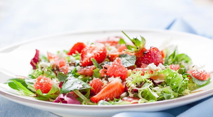 könnyű nyári saláta receptek