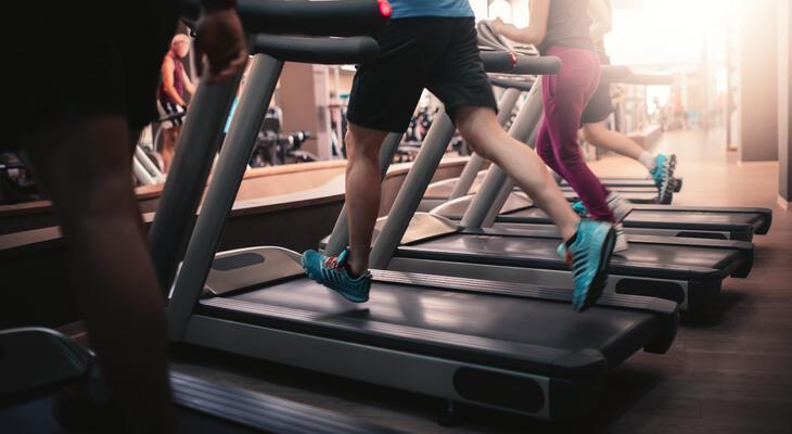 hogyan lehet gyorsan lefogyni az edzőterembe menni status