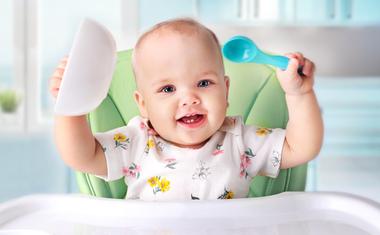 Mikor kaphat először lisztes ételt a kisbaba?
