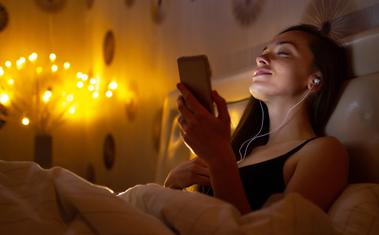 Alvás hatása a fogyásra